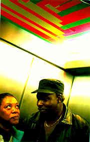 elevator09
